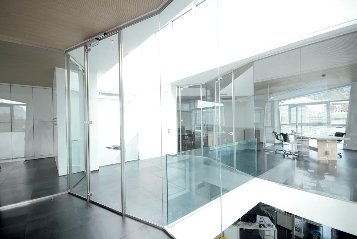Pareti mobili prezzi facciate continue pavimenti tecnici for Mobili ufficio vicenza