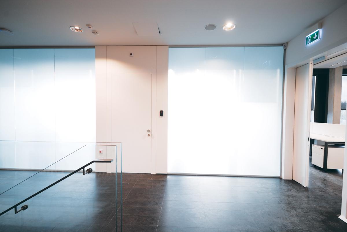 Pareti Divisorie Mobili Su Ruote : Pareti mobili divisorie in vetro ufficio design