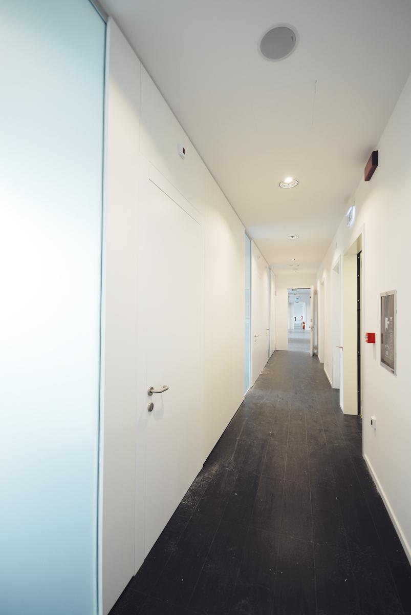 Prezzi mobili ufficio arredamento ufficio completo - Pareti per ufficio prezzi ...