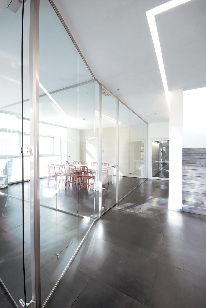 Pareti In Vetro In Offerta : Prezzi scrivanie ufficio awesome mobili