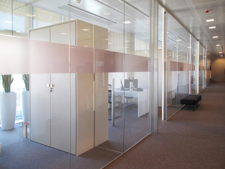 Pareti attrezzate per ufficio e negozio, moderne, di design e ...