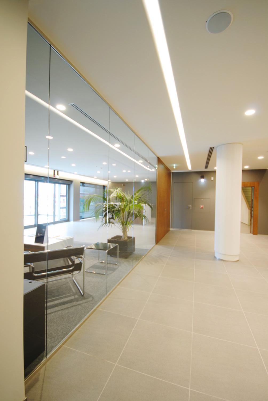 Mobili divisorie in vetro mobili ufficio design in legno vetrate ...