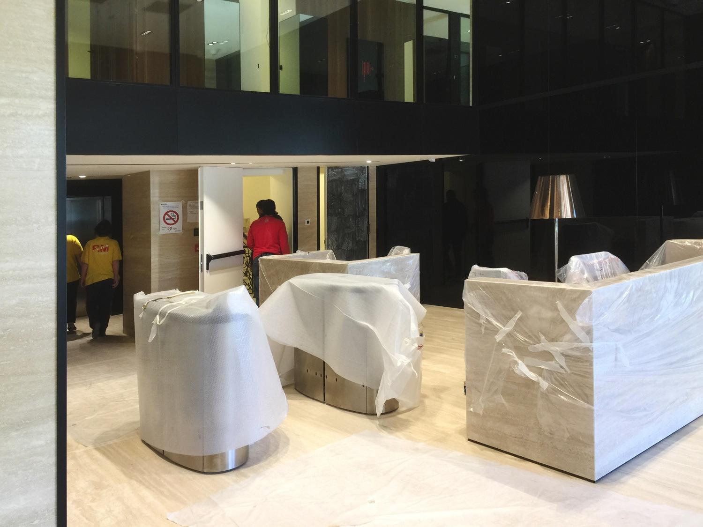 Scrivanie Ufficio Vicenza : Pareti mobili divisorie in vetro mobili ufficio design in legno